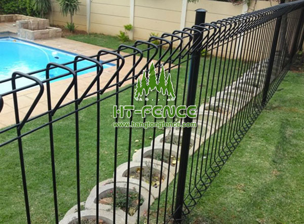 BRC Fence & Roll Top mesh fence