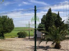 We Fabricate Welded Wire Mesh Panels Used for Secure Fencing